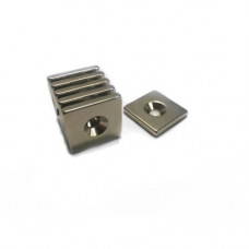 Magnet neodim bloc 20mm x 20mm x 3mm, N48, cu orificiu